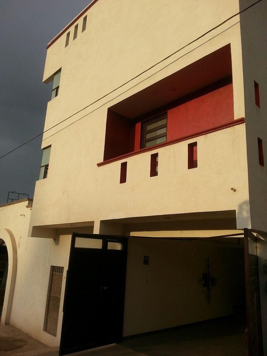 [Image: Condo_with_garage_for_rent_in_Guanajuato.jpg]